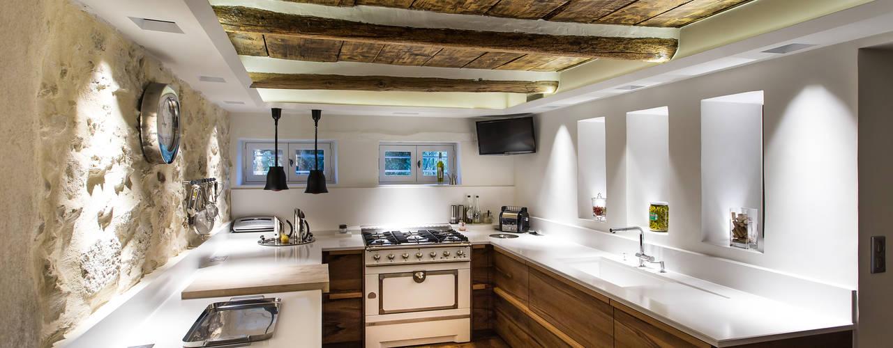 Nhà bếp by Jeux de Lumière