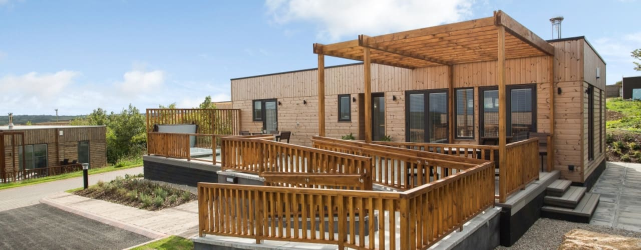 Gwel an Mor Lodges - Cornwall (Turnkey Builds) من Building With Frames حداثي