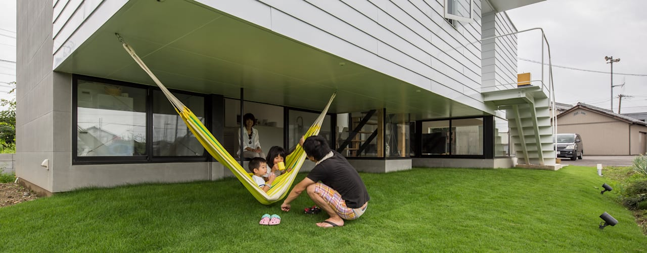 Garden by 武藤圭太郎建築設計事務所, Modern Metal