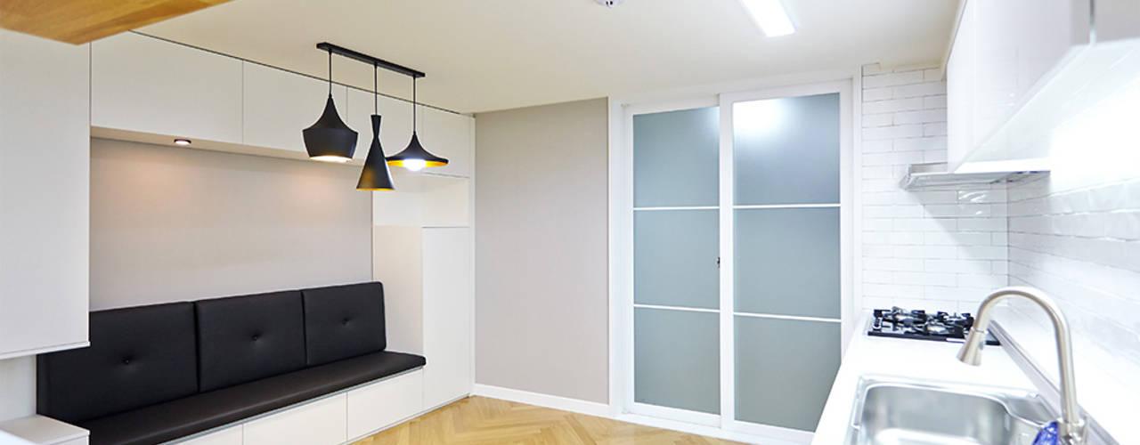 당산동 삼성래미안 A 37PY PROJECT: 제이앤예림design의  다이닝 룸