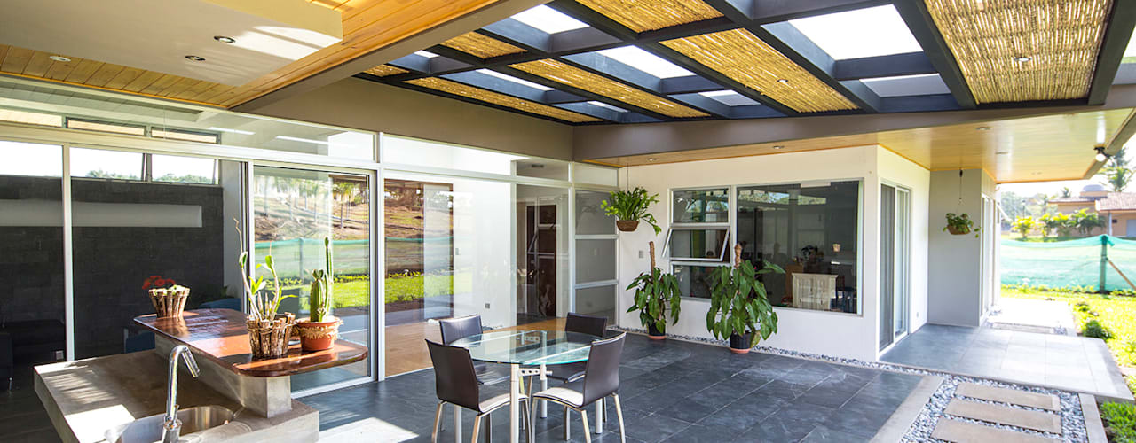 Terrazas de estilo  por J-M arquitectura