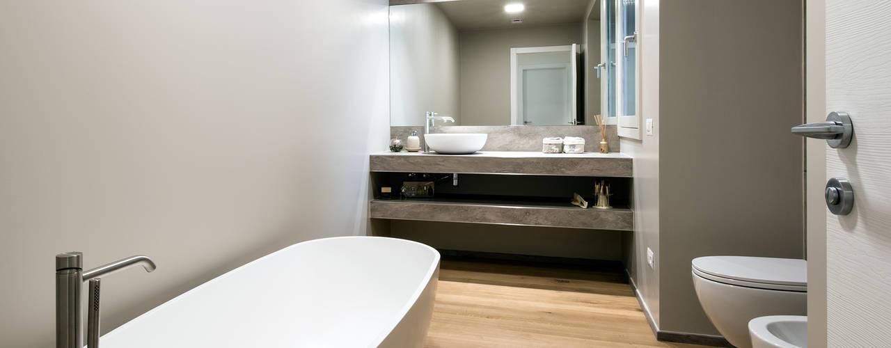 Baños de estilo moderno de Tommaso Giunchi Architect Moderno