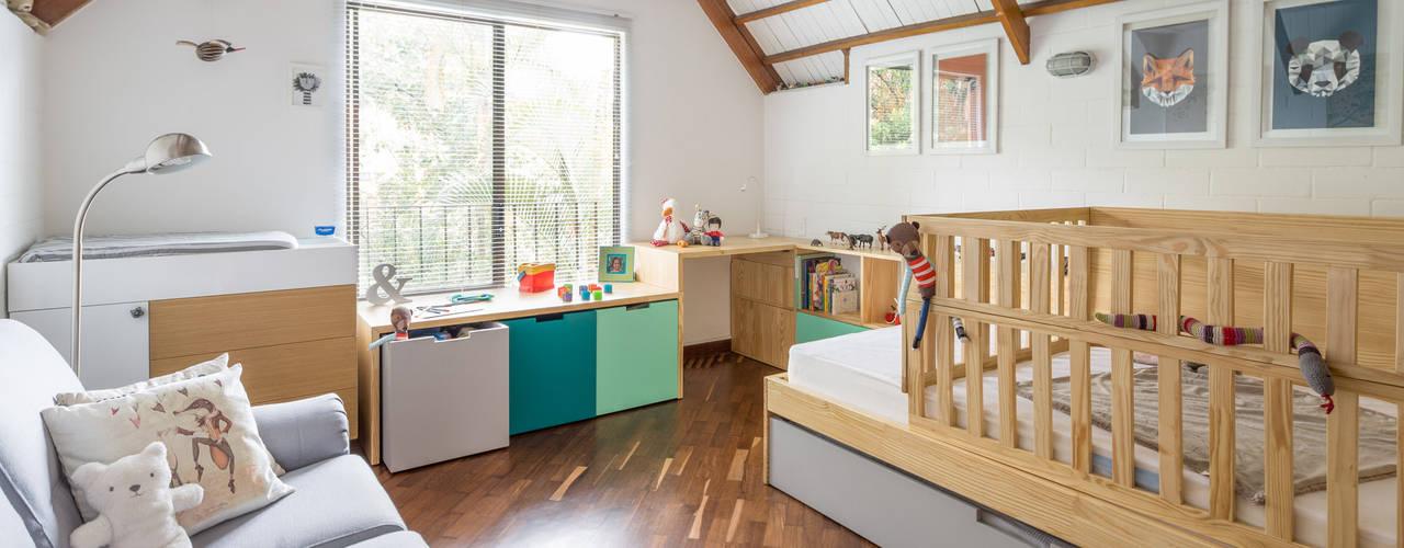 Habitación La Casa :  de estilo  por nomo mobiliario