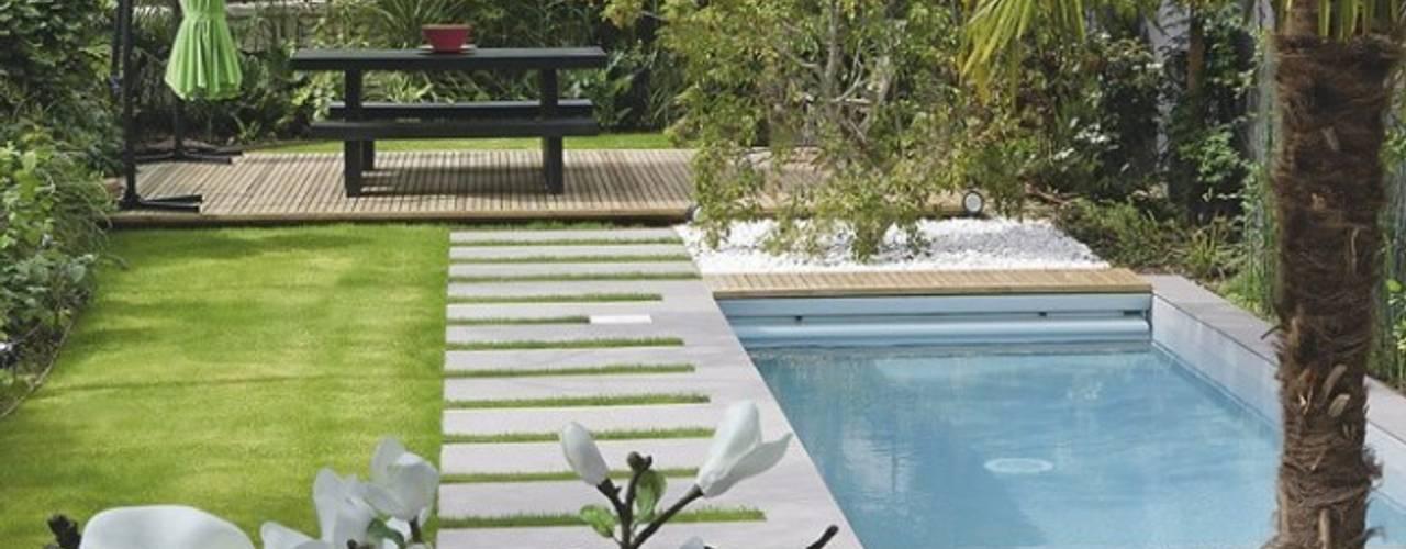 Jardines de estilo  por SEVEN GARDEN, Moderno
