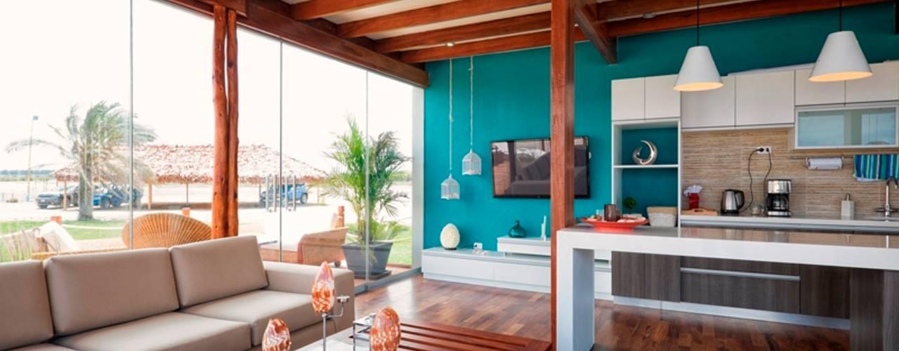 Salones de estilo  de YUPANA Arquitectos