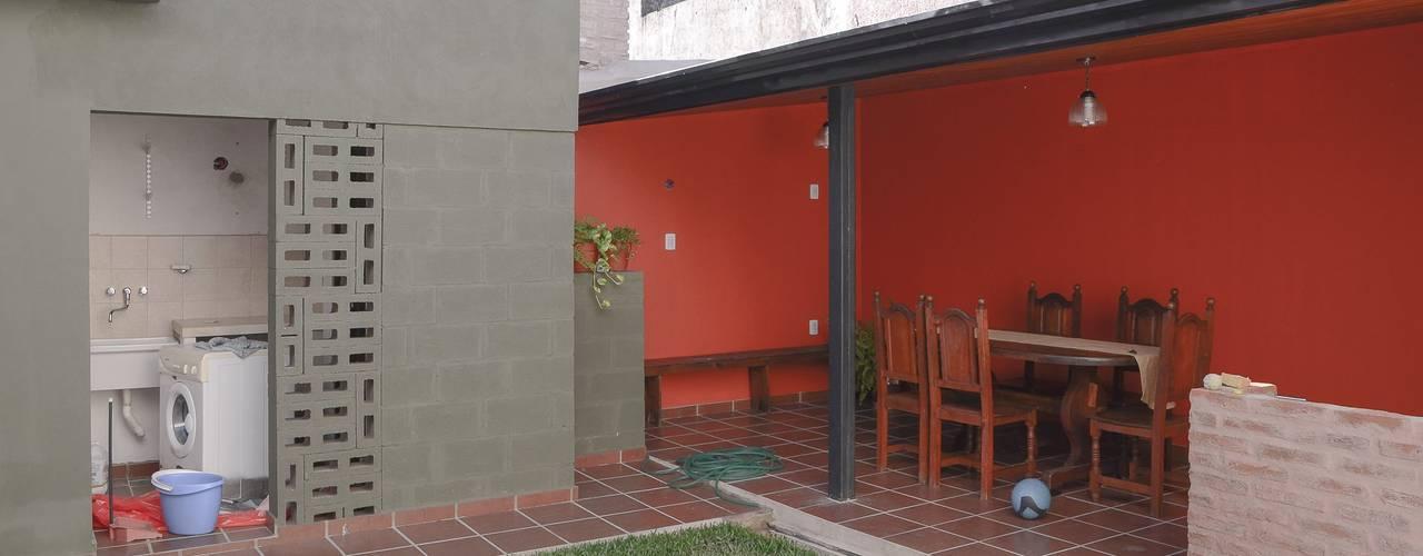 Jardines de estilo  por ggap.arquitectura