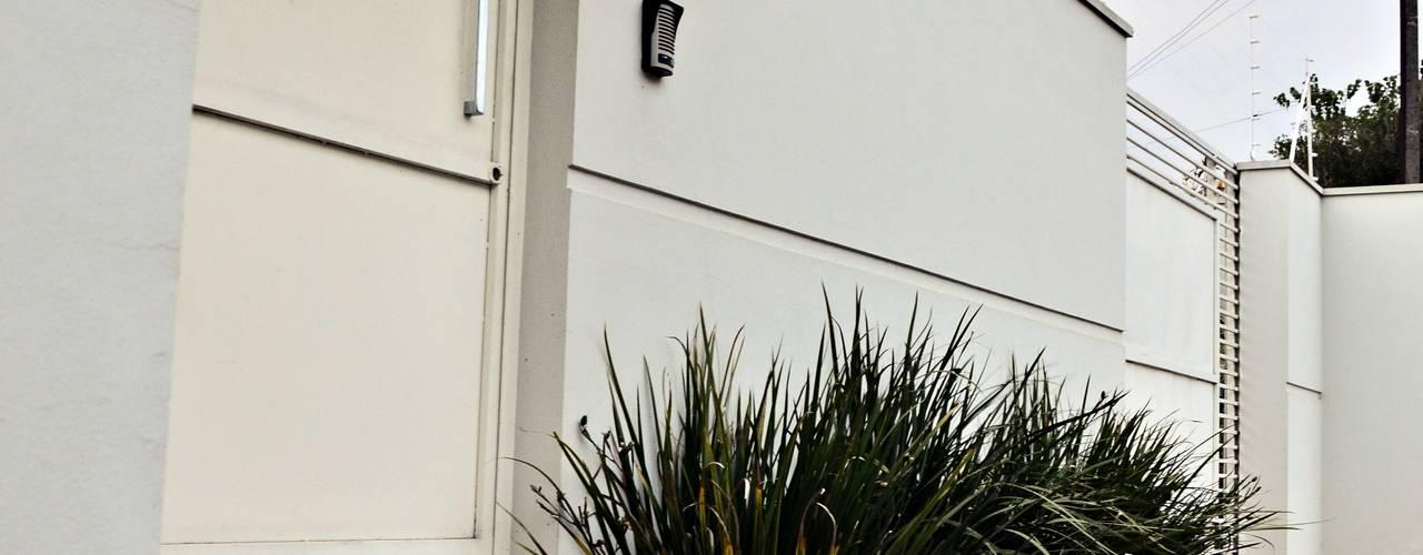 Casas de estilo  por Lozí - Projeto e Obra, Moderno