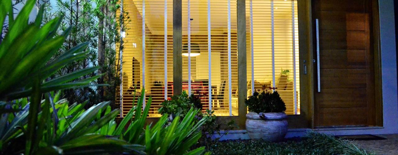 Casa SLV Casas modernas por Lozí - Projeto e Obra Moderno