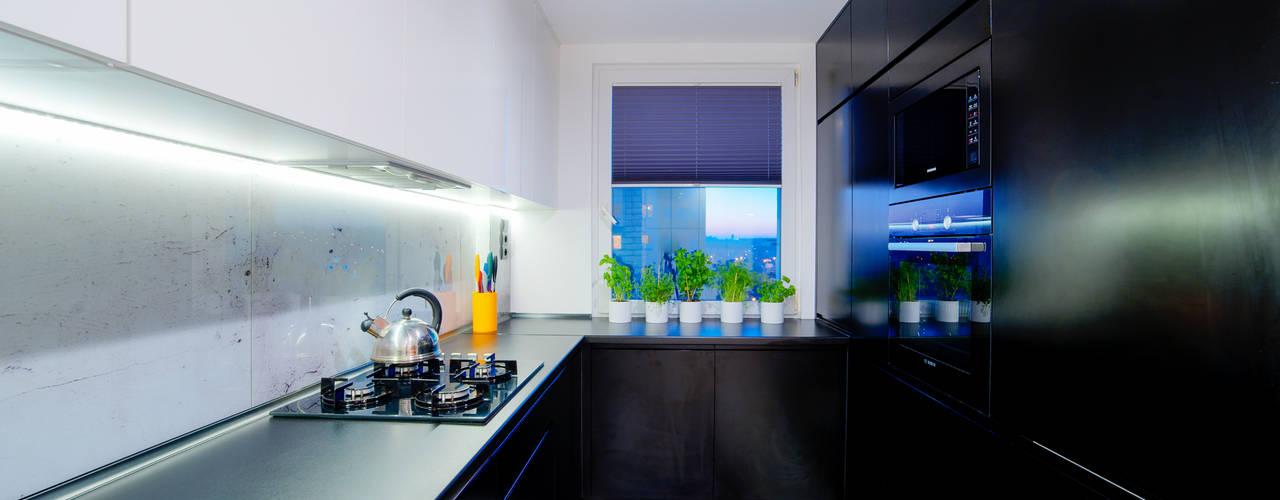 Cozinhas minimalistas por Auraprojekt Minimalista