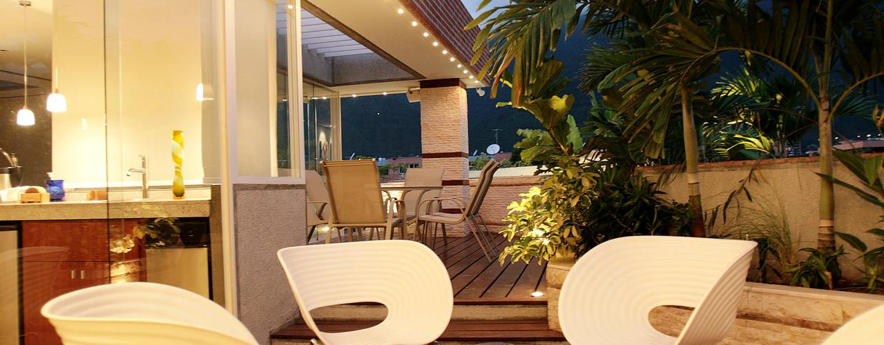 Pent House 505 Jardines de estilo moderno de Arq Renny Molina Moderno