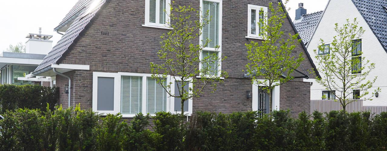 Monument aan de waterkant - vergunningsvrije uitbreiding Moderne huizen van ENZO architectuur & interieur Modern