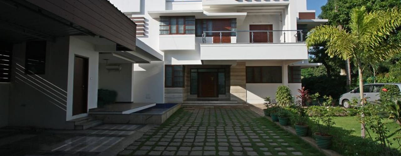 Dheen House Kumbakonam Modern houses by Ansari Architects Modern