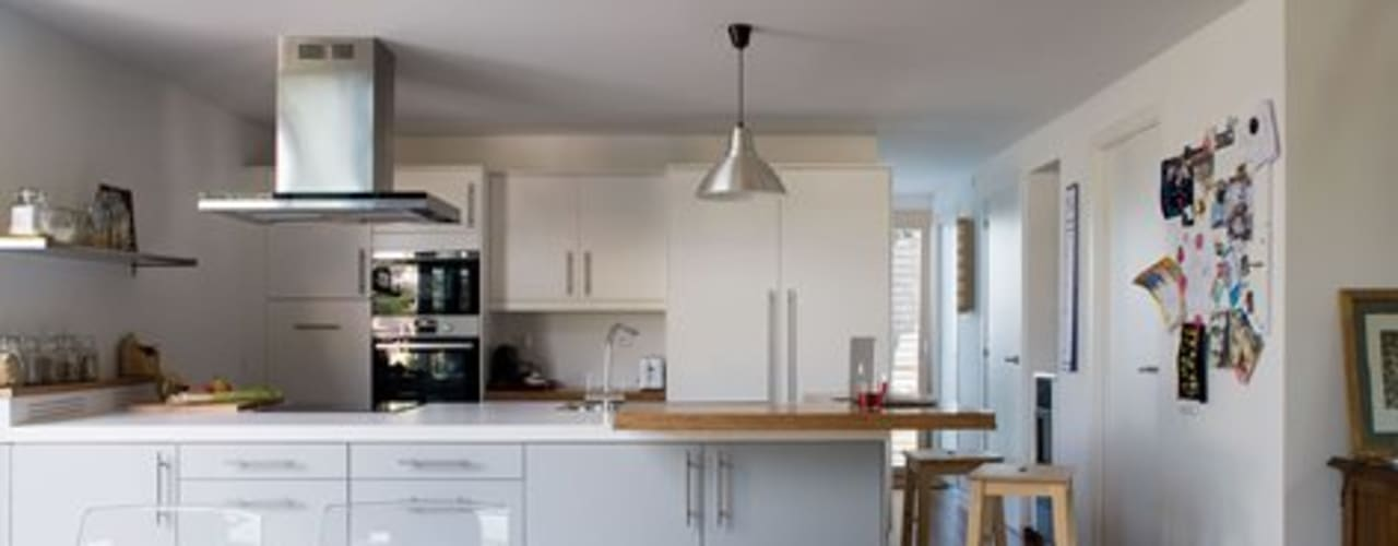 Кухня в стиле модерн от NOEM Модерн