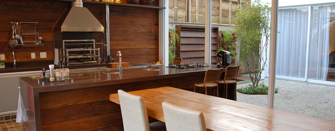 MONICA SPADA DURANTE ARQUITETURA 現代廚房設計點子、靈感&圖片