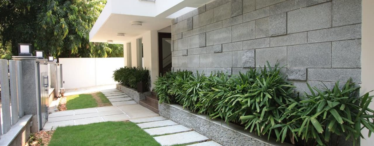 Garden by Ansari Architects, Modern