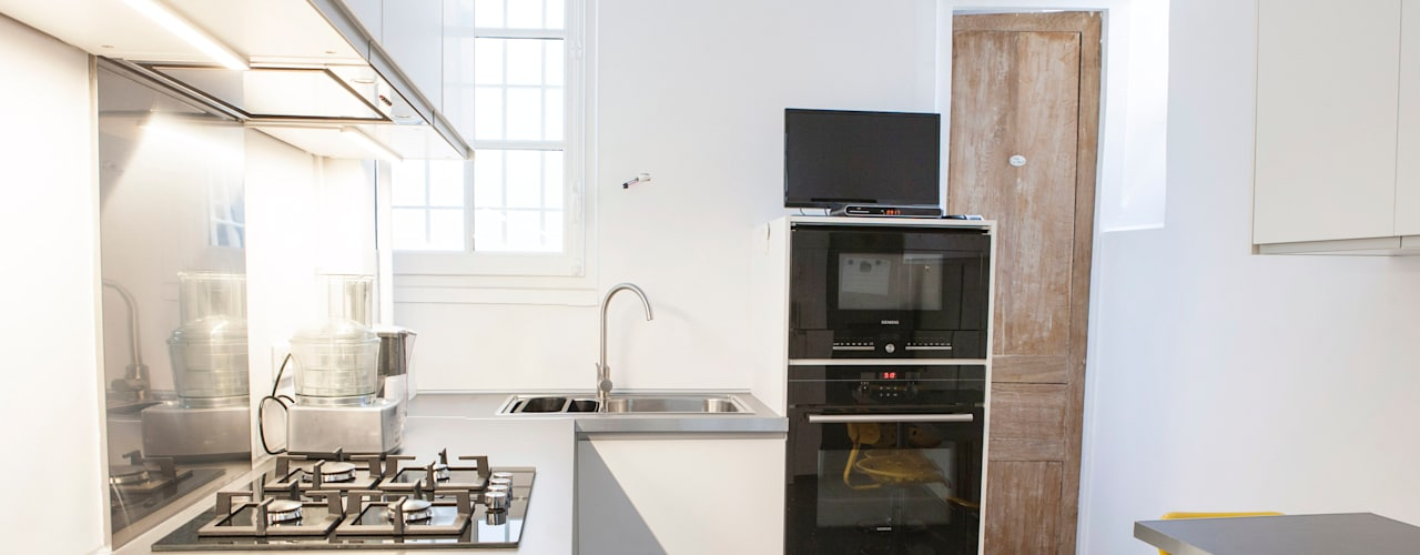Nouvelle cuisine - Vue d'ensemble 02: Cuisine de style de style Moderne par Olivier Olindo Architecte