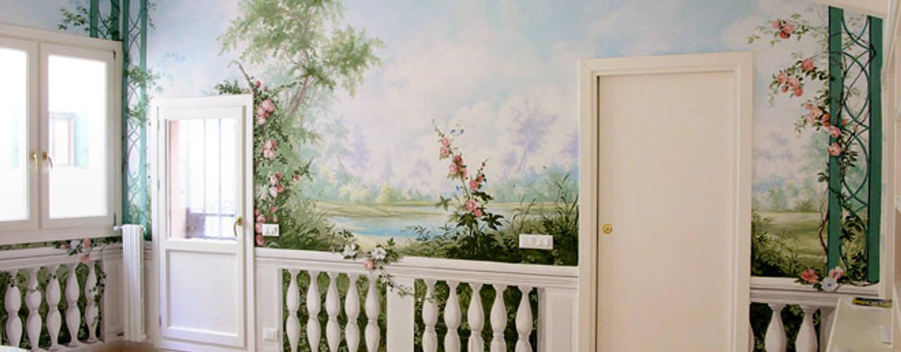 Giardino primaverile. Soggiorno classico di erica de rosa, dipinti, affreschi, trompe l'oeil, decorazioni - Venezia Classico