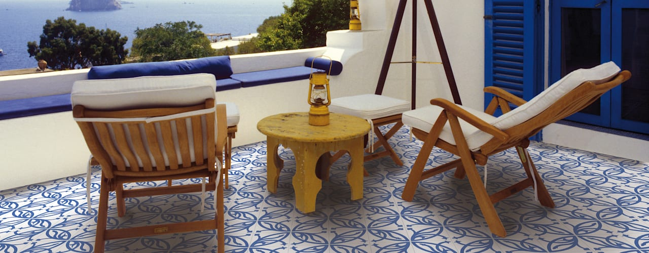homify Patios & Decks Ceramic Blue