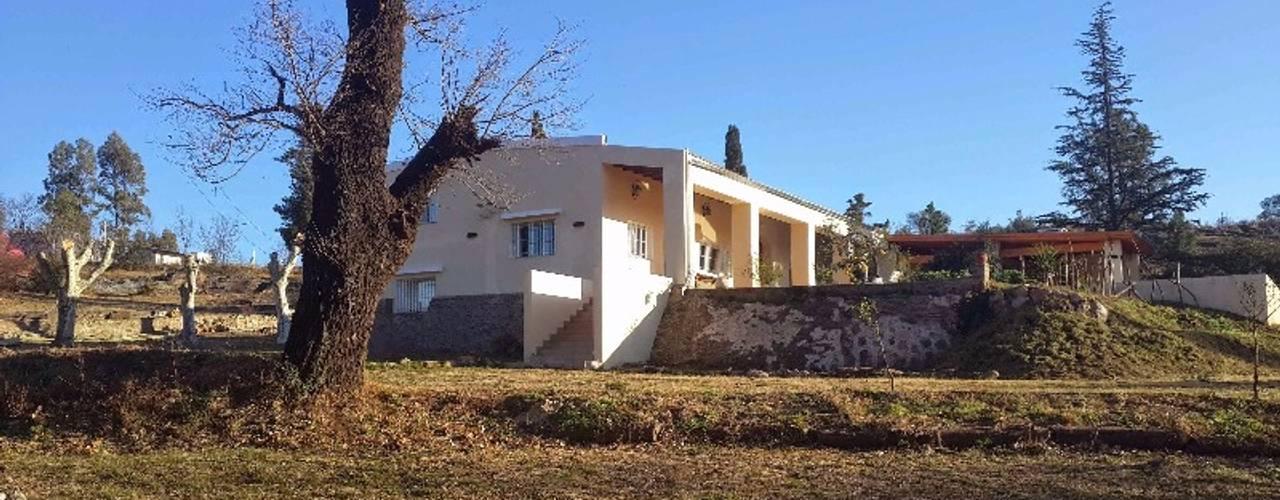 Casas coloniais por Liliana almada Propiedades