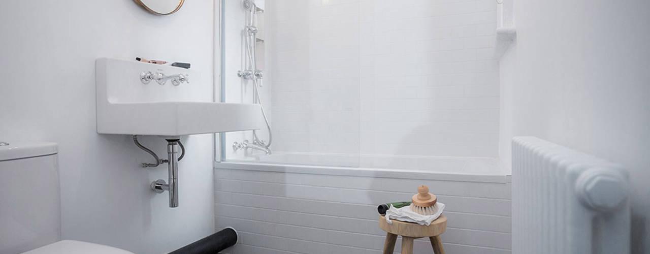 Brixton Pad YAM Studios Scandinavian style bathrooms White