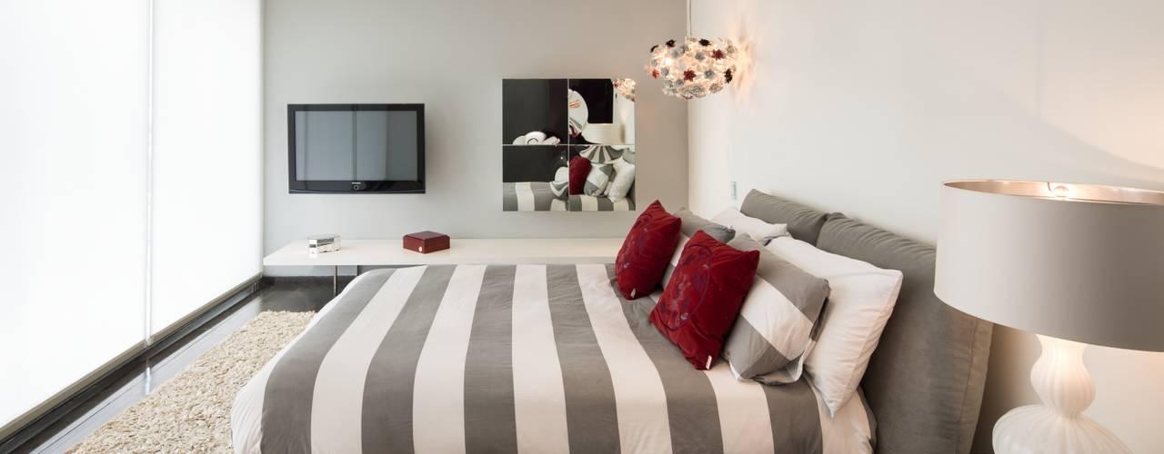 Bedroom by Línea Vertical