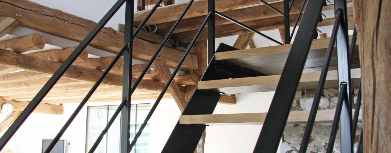 Corredores, halls e escadas campestres por Arend Groenewegen Architect BNA Campestre