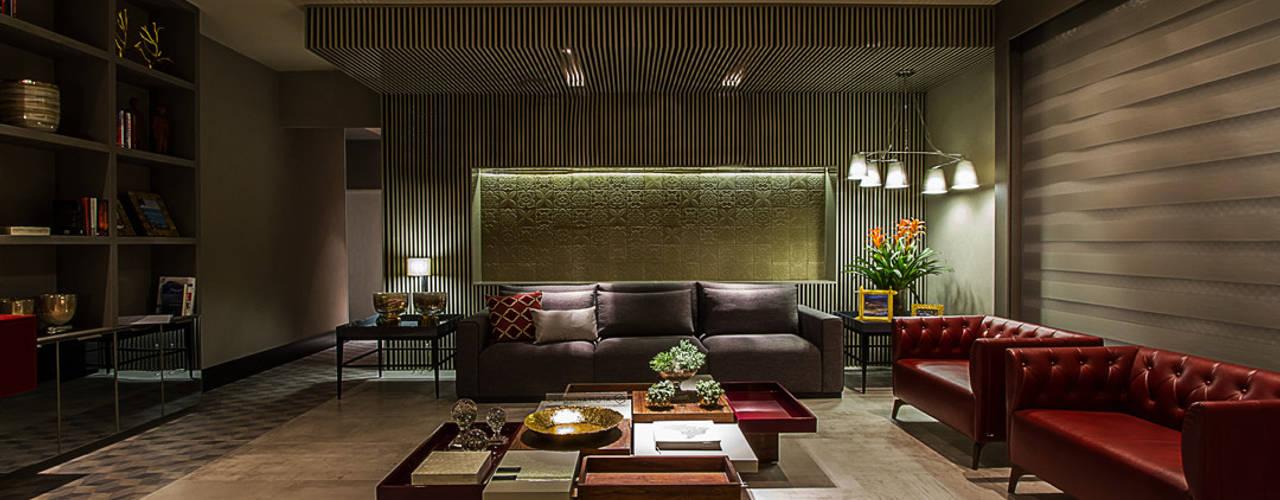 by Carolina Mota - Arquitetura, Interiores e Iluminação