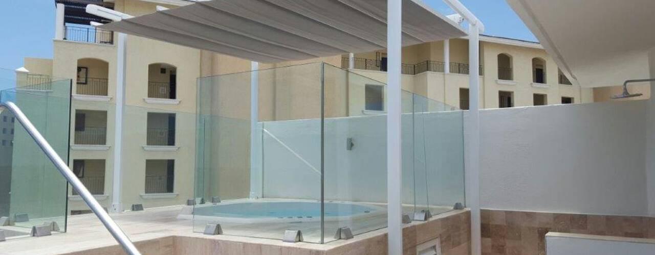 homify Balconies, verandas & terraces Furniture