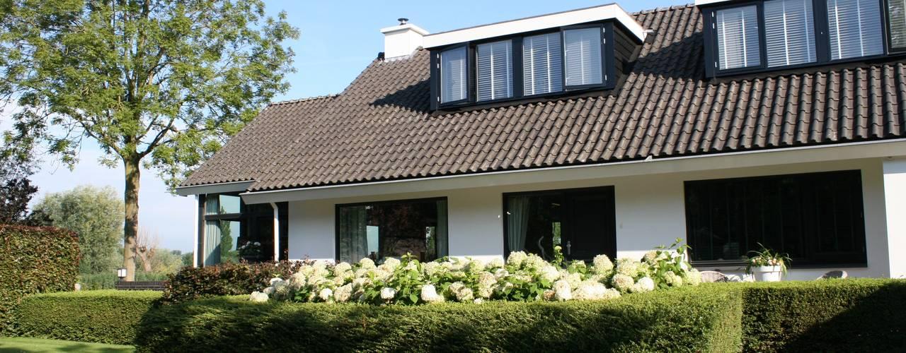 Casas de estilo rural de Brand I BBA Architecten Rural