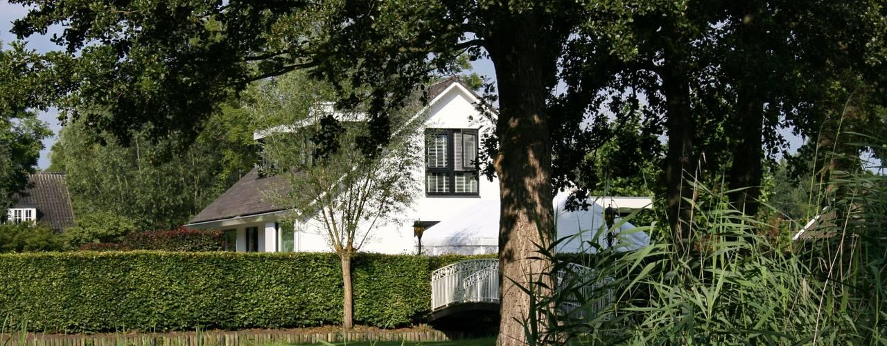Landelijke eigentijdse woning: landelijke Huizen door Brand BBA I BBA Architecten