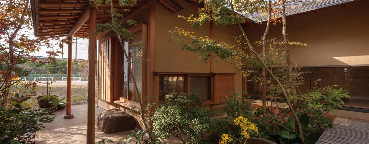 庭院 by 株式会社 けやき建築設計,