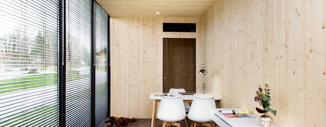 Projekty, nowoczesne Domy zaprojektowane przez Hiloft