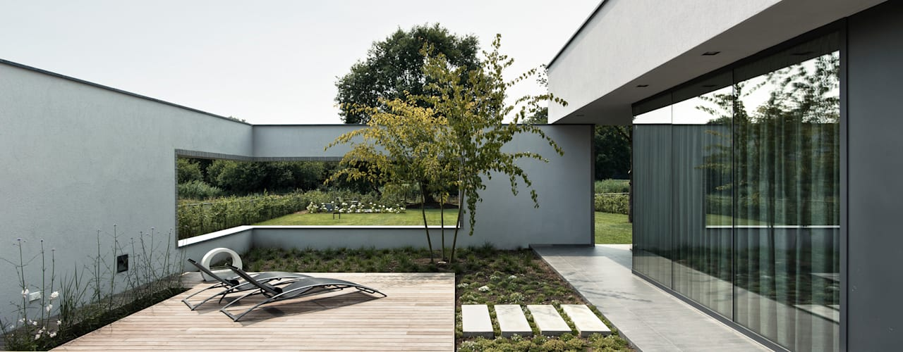 Villa RV:   door Dreessen Willemse Architecten,