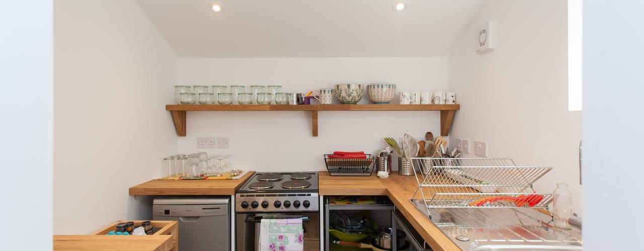 Кухни в . Автор – Hampshire Design Consultancy Ltd.