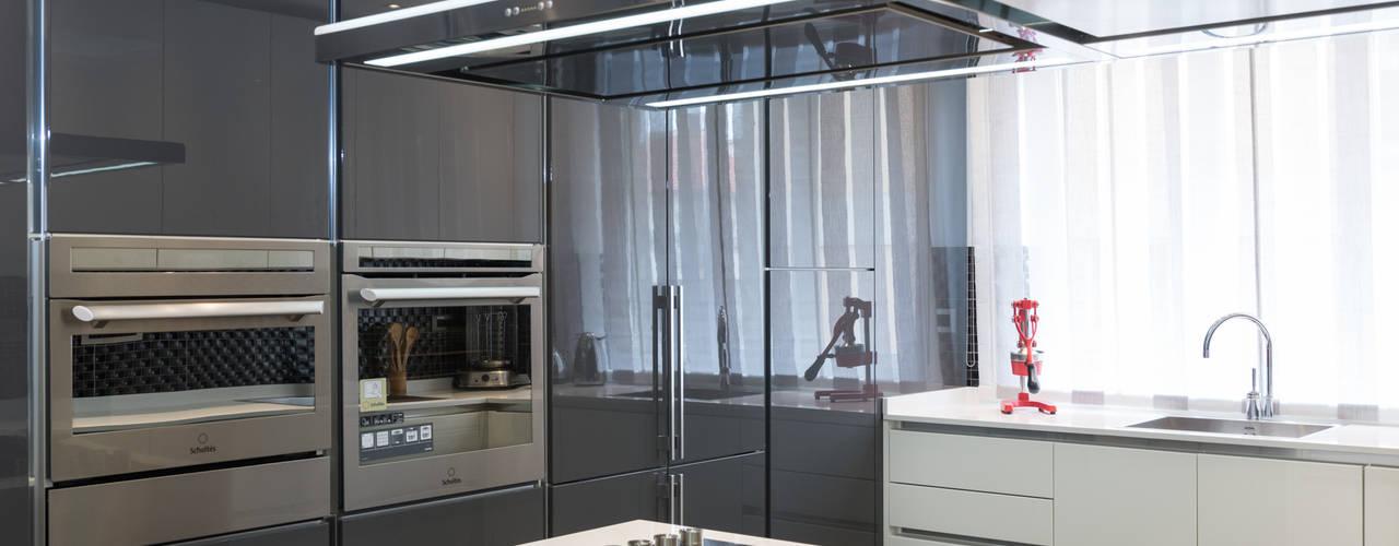 Appartamento Roma Quartiere Africano: Cucina in stile  di Paolo Fusco Photo