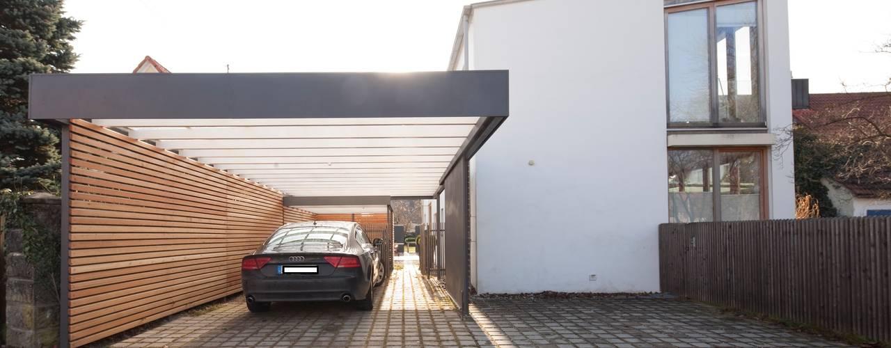 Garajes de estilo  por Architekt Armin Hägele