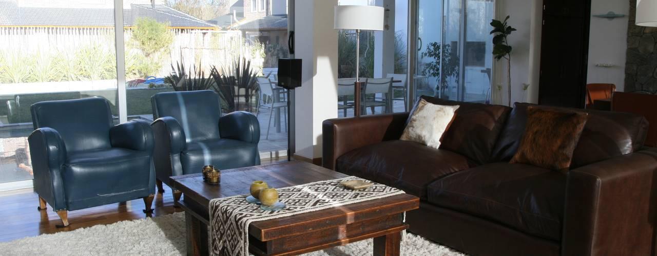 ESTAR Livings modernos: Ideas, imágenes y decoración de Poggi Schmit Arquitectura Moderno