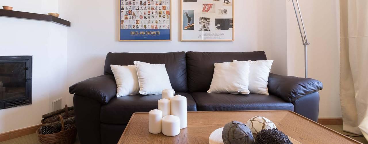 Salas de estilo escandinavo por Become a Home