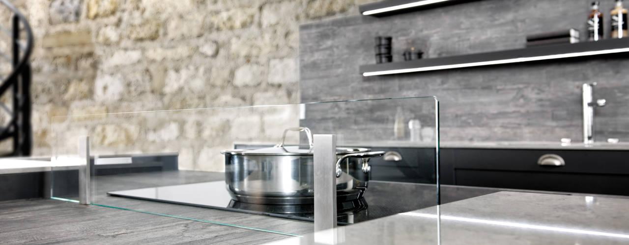 Frame 2 von SCHMIDT Küchen Schmidt Küchen Industriale Küchen