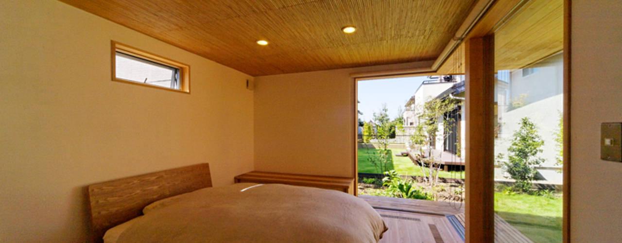下古山・中庭のある家 オリジナルスタイルの 寝室 の 中山大輔建築設計事務所/Nakayama Architects オリジナル