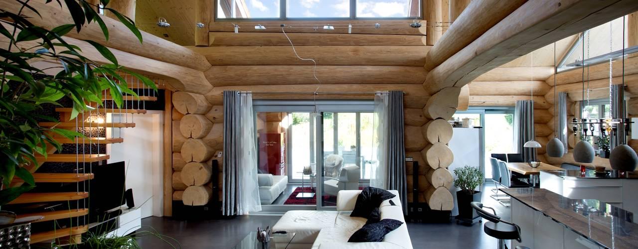 Finestre & Porte in stile rustico di Kneer GmbH, Fenster und Türen Rustico