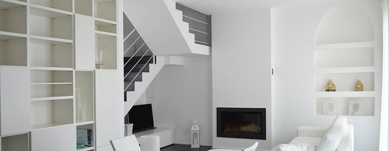 Studio di Architettura Ortu Pillola e Associati Modern Oturma Odası Beyaz