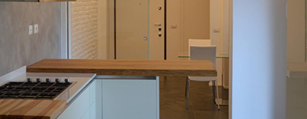 Cocinas de estilo moderno de Studio di Architettura Ortu Pillola e Associati Moderno