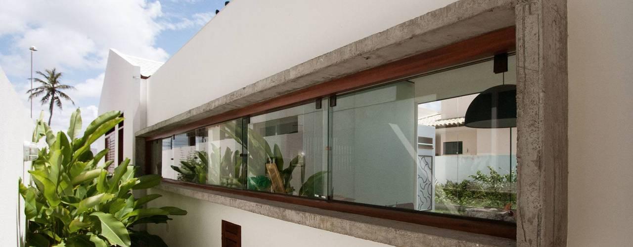 Casas minimalistas por Coletivo de Arquitetos Minimalista