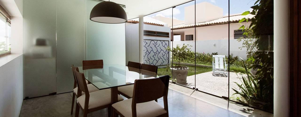 Casas minimalistas de Coletivo de Arquitetos Minimalista
