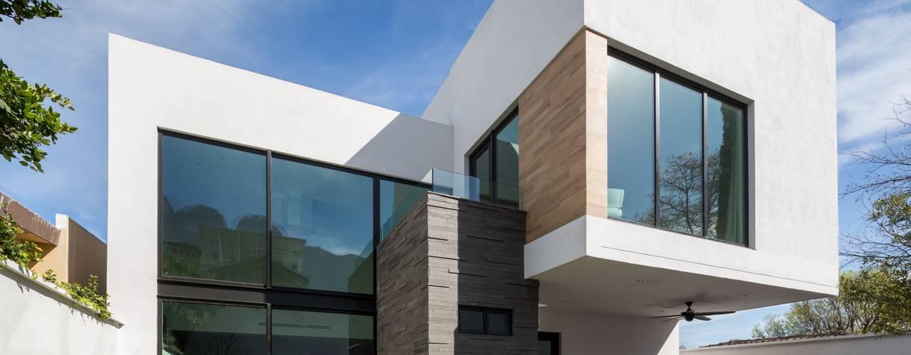Rumah Modern Oleh URBN Modern