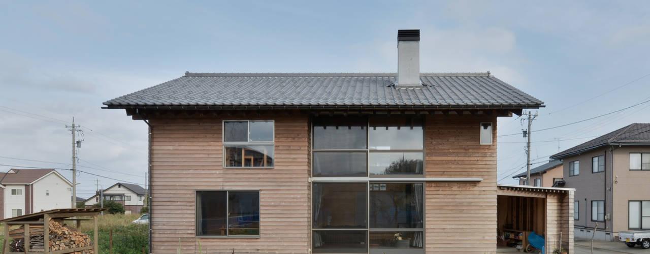 安島の新屋: 丸山晴之建築事務所が手掛けた家です。