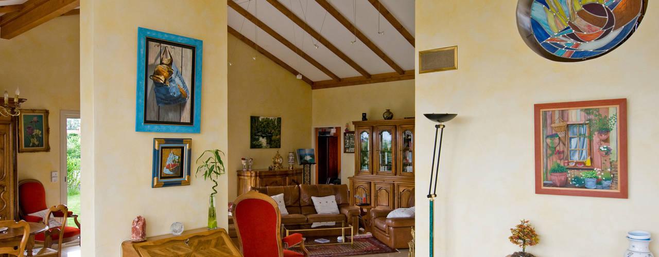 Salas de estilo  por Pierre Bernard Création, Rural
