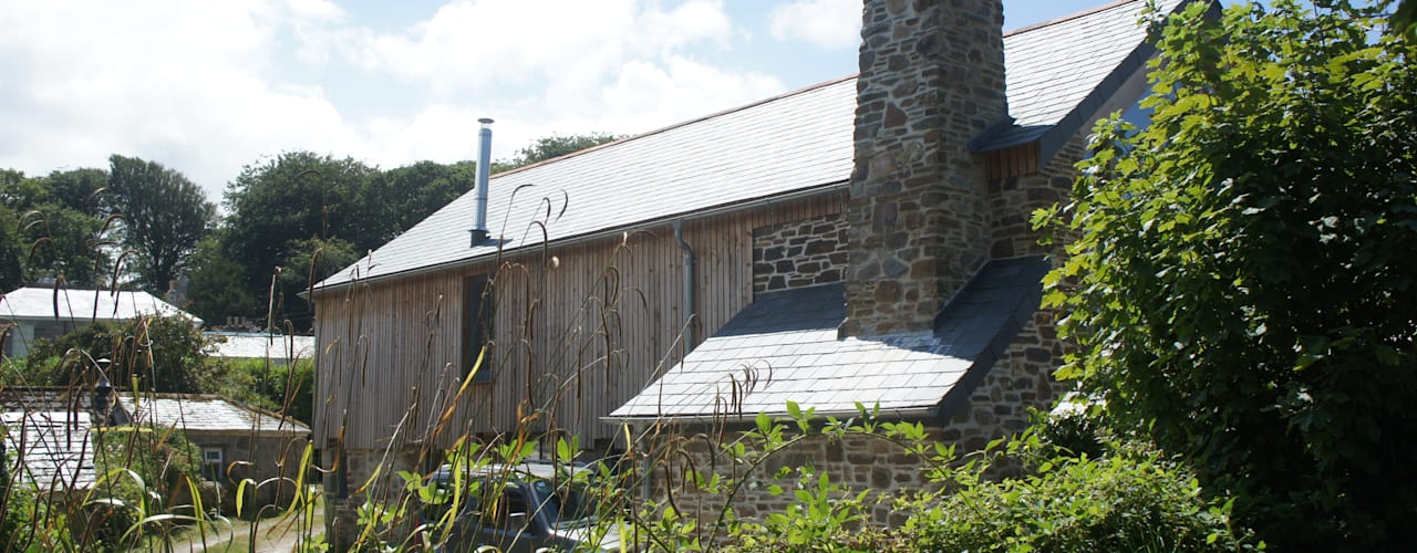Renovation of Listed Building, Cornwall Country style house by Arco2 Architecture Ltd Country