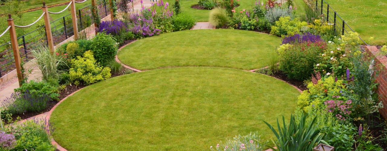 Traditional Garden Landelijke tuinen van Unique Landscapes Landelijk